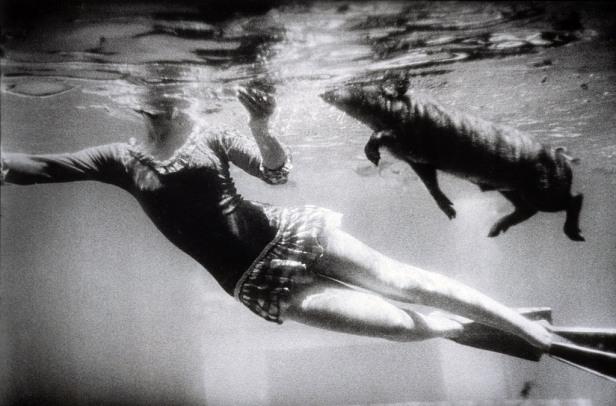 garry-winogrand-san-marcos-texas-1964-web