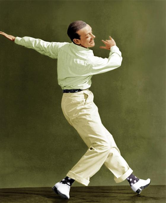 holiday-inn-fred-astaire-1942-everett
